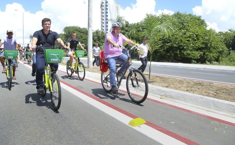 Prefeitura de Fortaleza entrega nova Avenida na Regional VI
