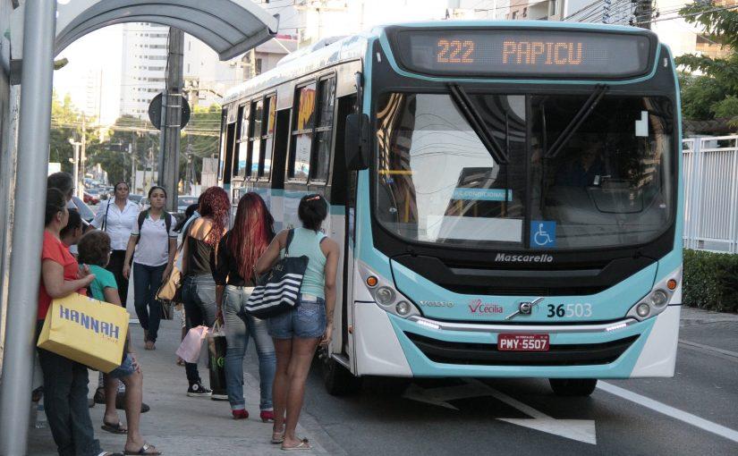 Colabore com a iluminação em pontos de parada de ônibus